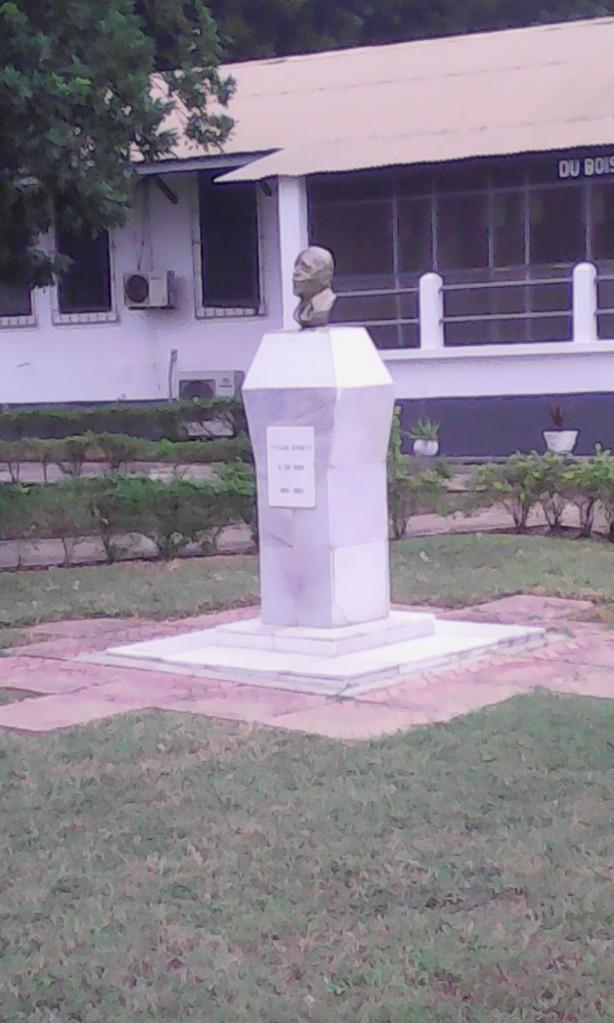 DuBois memorial