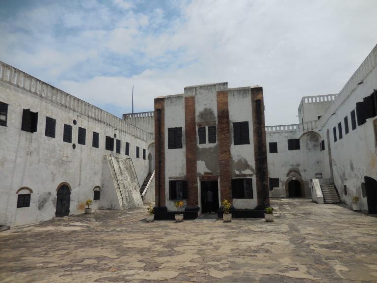 Elmina church 2