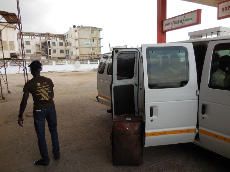 Van to Elmina