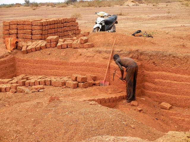Brick maker 640