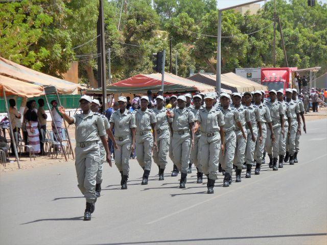 Cops 2 640