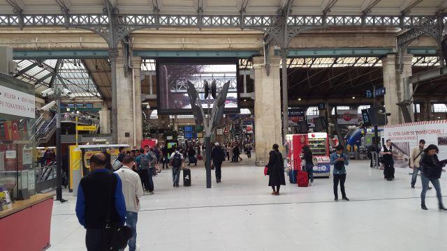 Gare du nord 640